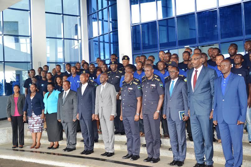 Polisi y'u Rwanda, SFH Rwanda n'Urubyiruko rw'abakorebabushake mu kurwanya ibyaha mu guteza imbere umutekano n'isuku